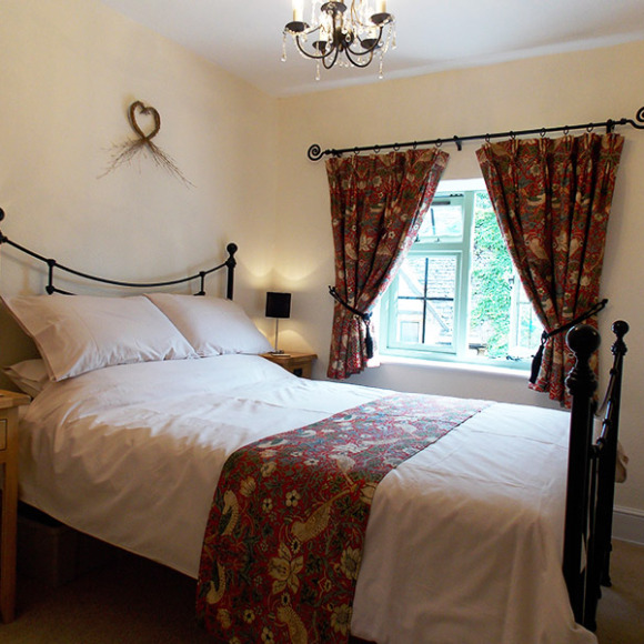 Chipping Campden Bed and Breakfast Room